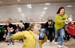 SVP, ne courrez pas dans les magasins pour le Black Friday.
